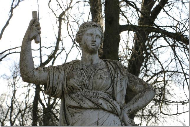 colombiere-statue-reduite-1