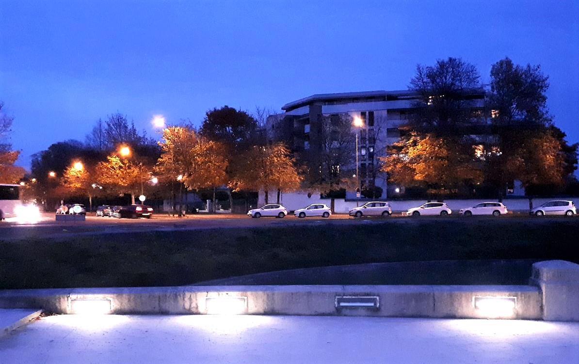 monument aux morts eclairage defectueux 11 2018 (3)