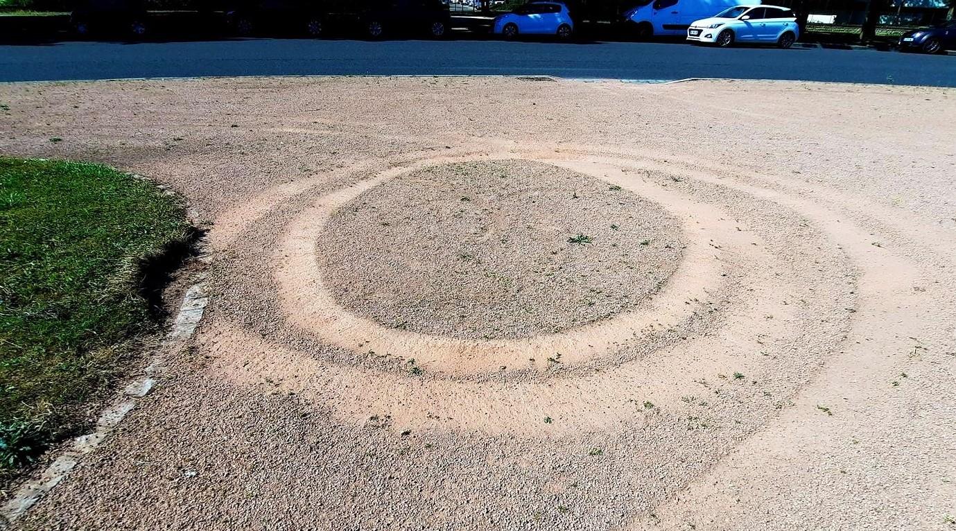 Quad sur espace Monument aux Morts d'un mariage ar