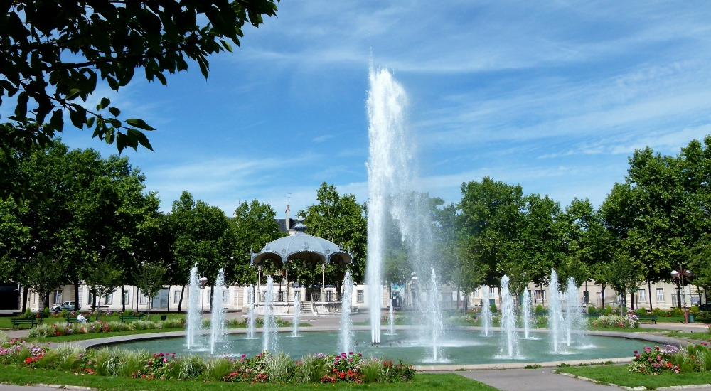 fontaine-2-allees-du-parc
