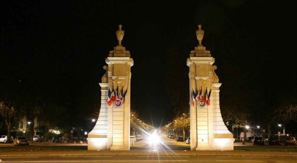 piliers-de-nuit-2-place-wilson-dijon